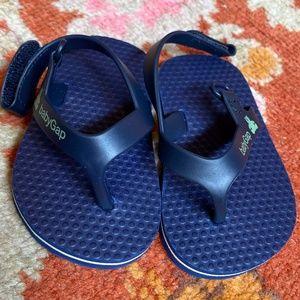 BABYGAP Infant flip-flop sandal